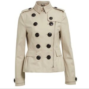 Burberry Brookleigh Short Trench